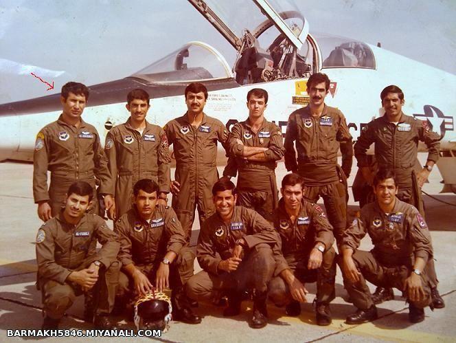 پدرم با دوستان خلبانی