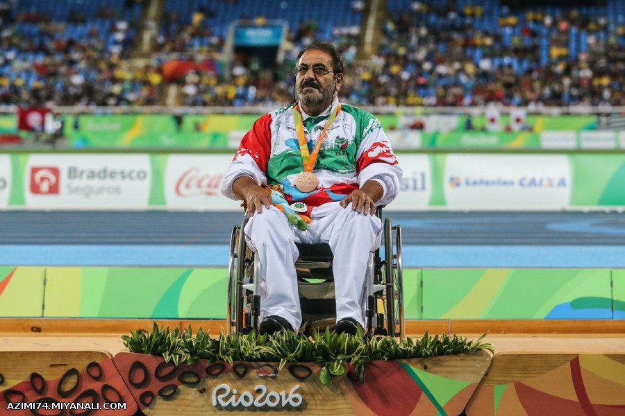 اسدالله عظیمی در مسابقات جهانی لندن مدال برنز را آن خود کرد