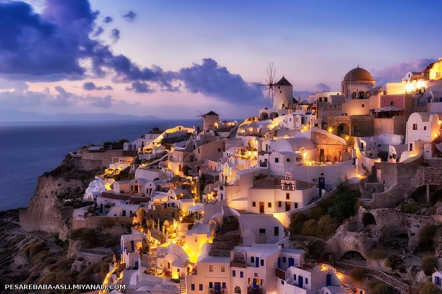 جایی به اسم Santorini, Greece در جزیره ای که نمیدونم اسمش چیه ولی اونطرف ترکیس :/