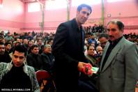 کتاب رونمایی شده « میانه پایتخت ورزشی ایران » توسط اینجانب به برادران محمودی تقدیم گردید.