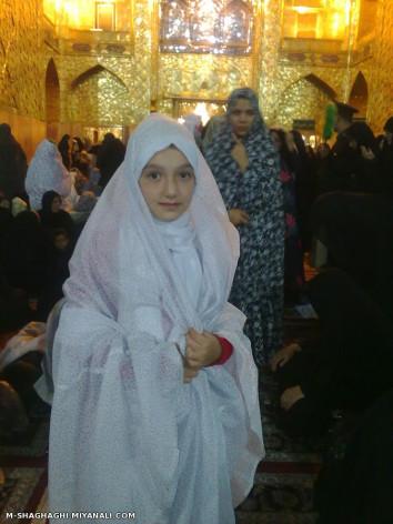 عکس دخترم هلیا دربارگاه امام رضا(ع)